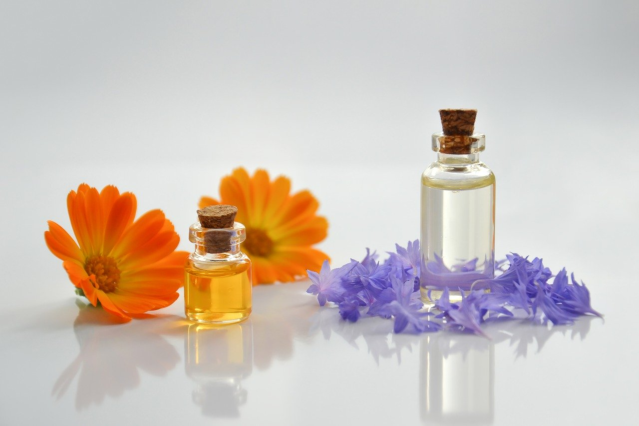 essential-oil-4065187_1280