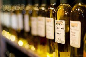 Huile d'olive dans une boutique d'épicerie fine